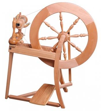 Traditional Spinning wheel Lacquered