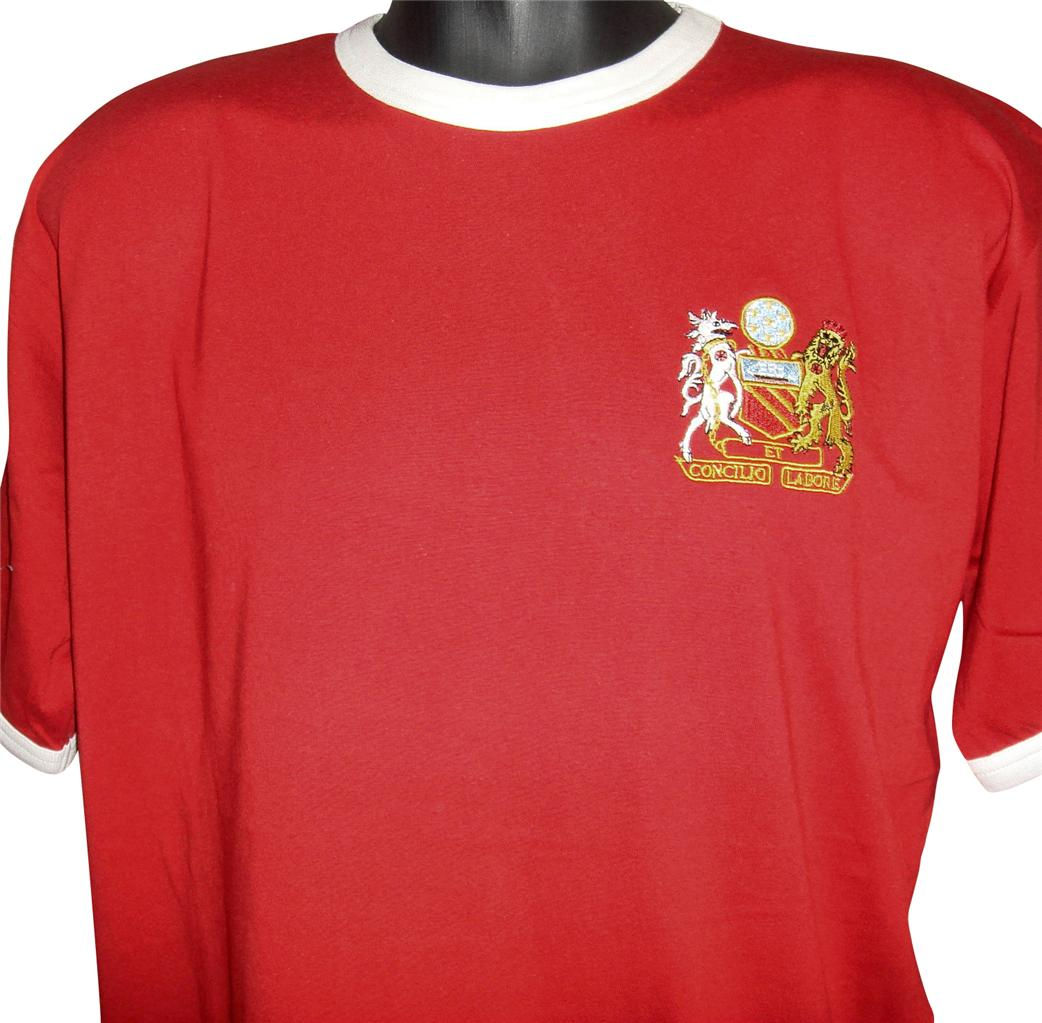 Retro-Manchester-United-1970s-Football-T-Shirt-New-Sizes-S-XXL-Embroidered-Logo