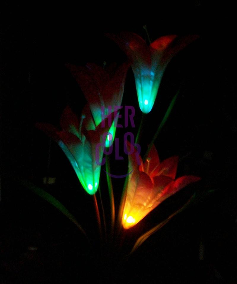 lily flower solar led garden stake light color changing outdoor yard red ebay. Black Bedroom Furniture Sets. Home Design Ideas