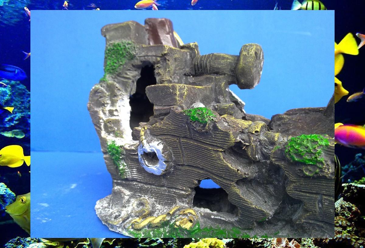 Aquarium fish tank ornament shipwreck for Fish tank shipwreck