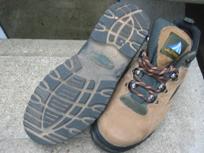 Womens Tan Green Mt Everest Yellowstone Trail Boots