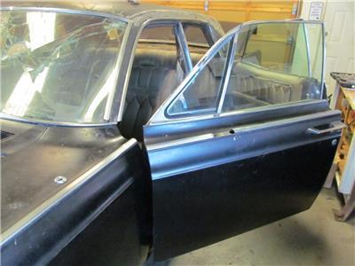 lh front door top molding trim 1966 67 68 1969 lincoln. Black Bedroom Furniture Sets. Home Design Ideas