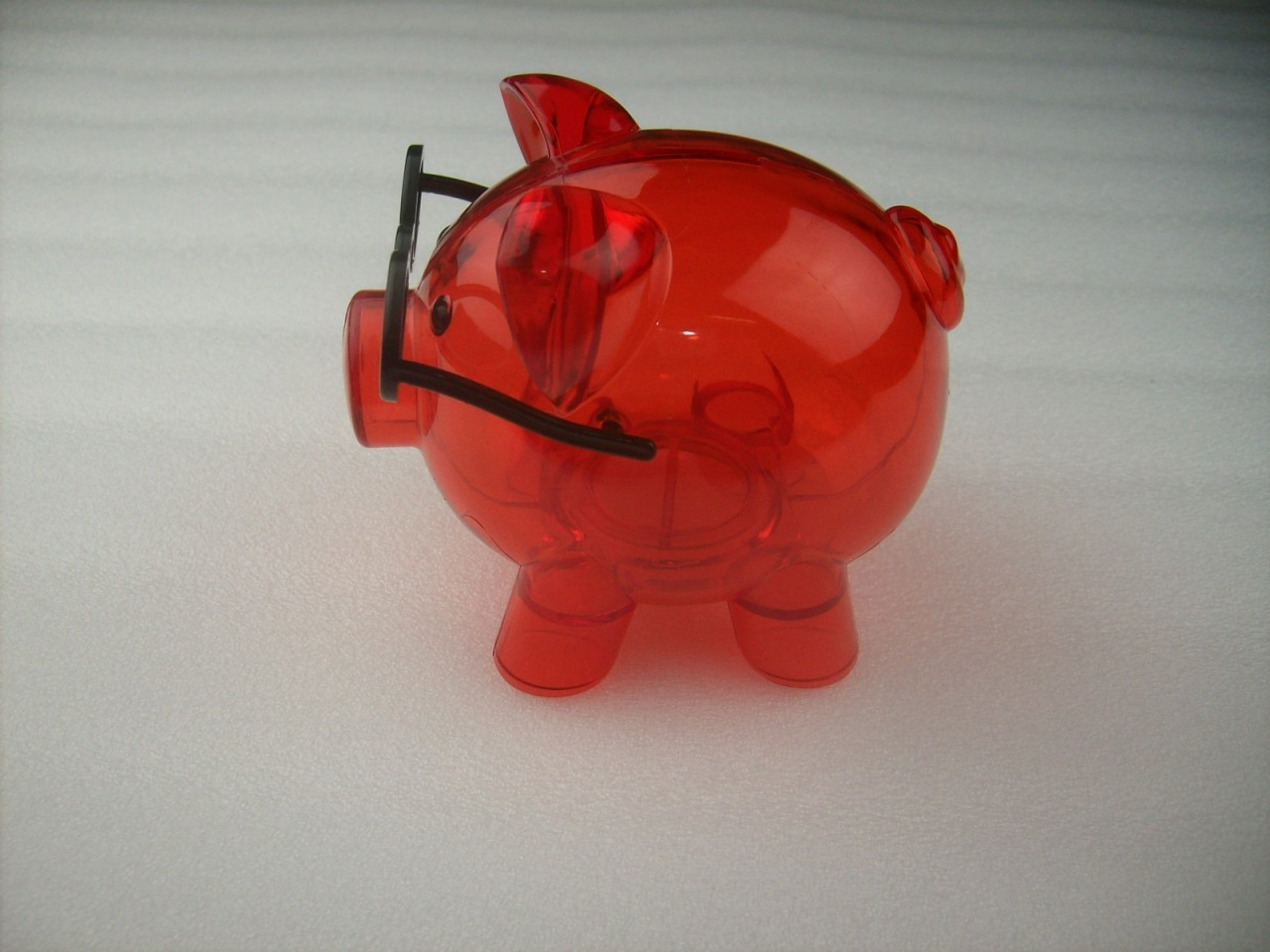 Clear hard plastic pig with glasses coin piggy money bank with stopper red ebay - Resin piggy banks ...