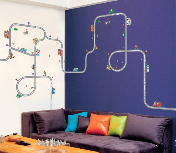 Наклейки на стены - простор для вашей фантазии.