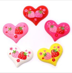 5-X-strawberry-heart-flat-back-resins