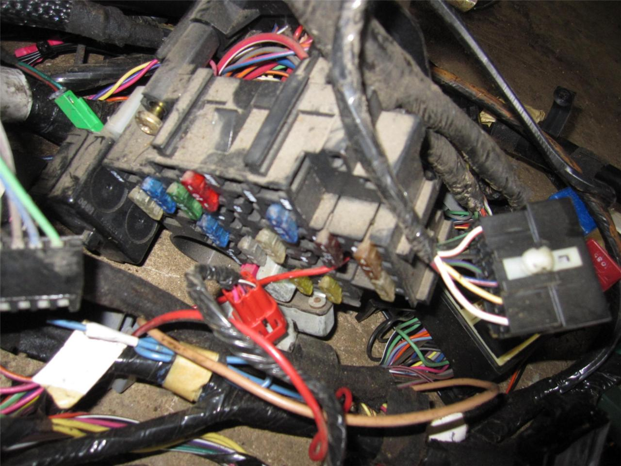 Jeep Cherokee Complete Interior Wiring Harness Under Dash 84