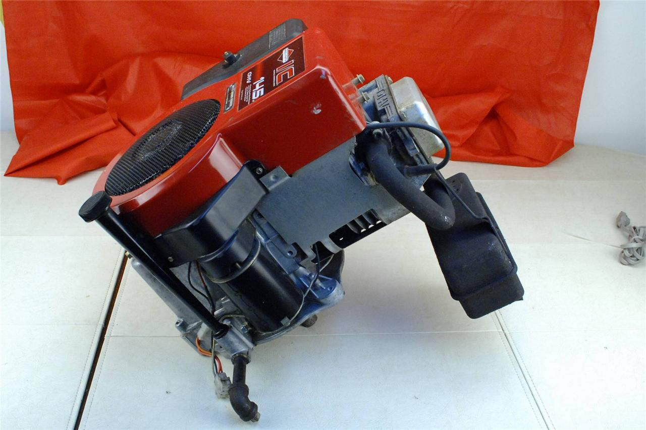 Briggs And Stratton 14 5 Hp Vertical Shaft Engine 1 Lawn