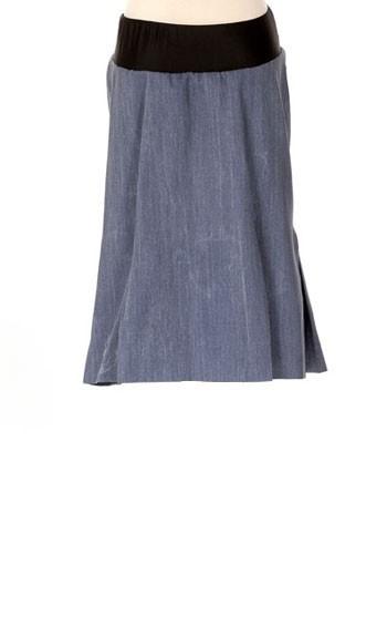 Lilo-Maternity-Short-Pleated-Skirt-Light-Denim