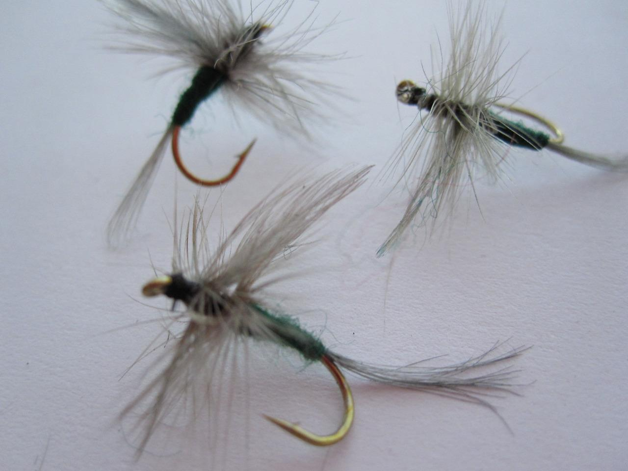 STYLES /& SIZES AVAILABLE DRY FLIES 1 DZ D17-1 BLUE WING OLIVE