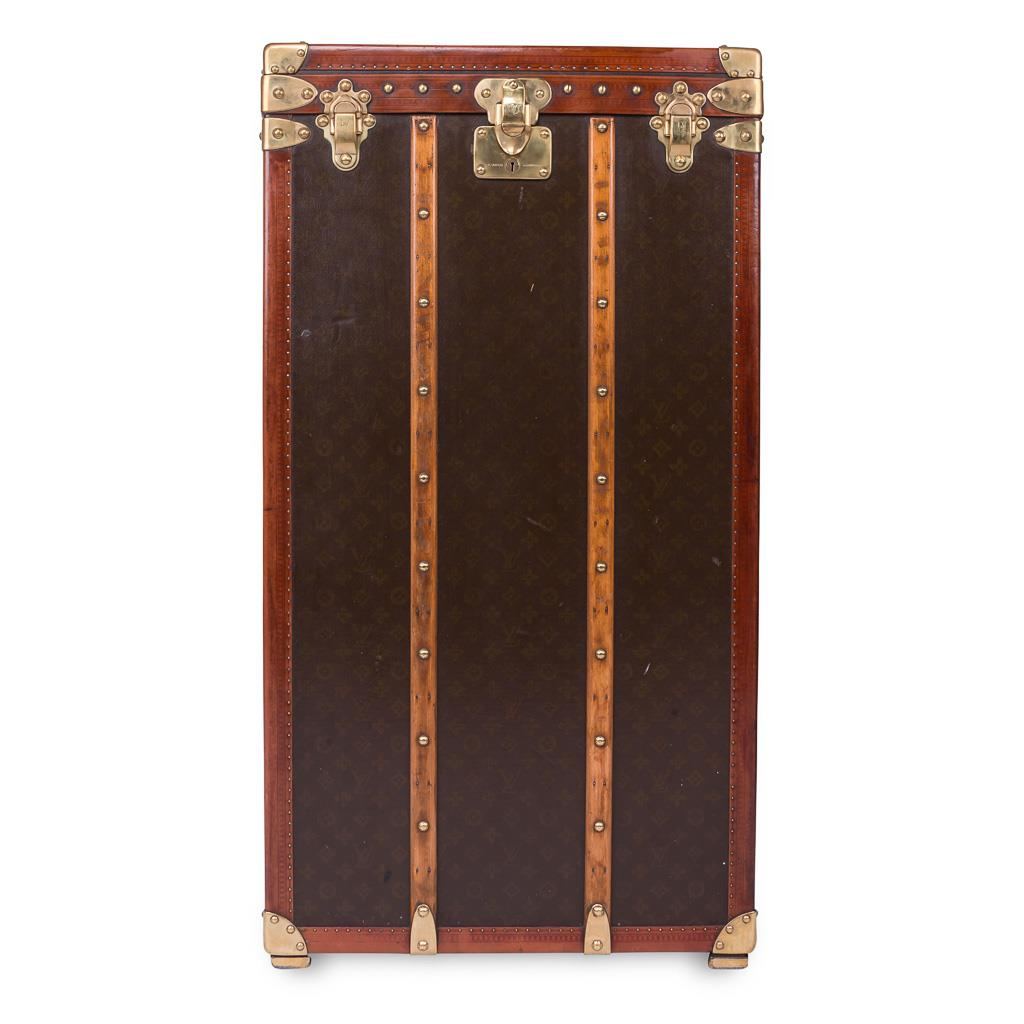 antique 20thc louis vuitton customised cocktail bar humidor trunk ebay. Black Bedroom Furniture Sets. Home Design Ideas