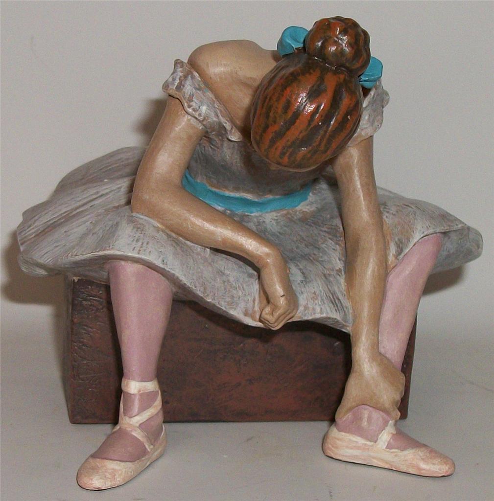 Edgar-Degas-LATTENTE-BALLET-BALLERINA-DANCE-DANCER-ART-FIGURINE-SCULPTURE