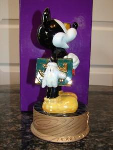 Disney MICKEY MOUSE 75 yrs LOVE & LAUGHTER Ltd FIGURINE