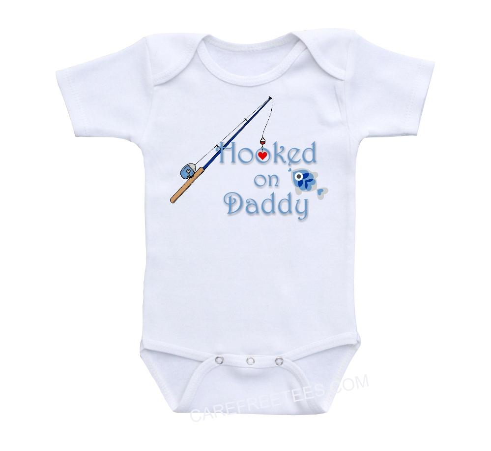 Hooked on daddy fishing baby onesie shirt or onsie heart for Baby fishing shirts