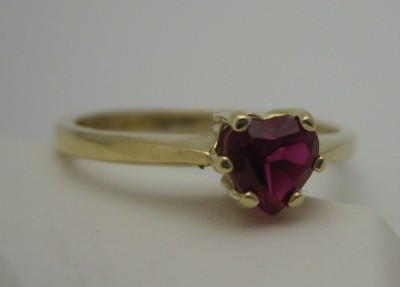 Heart in 14k Yellow Gold Ladies Ring Size 7 RESIZING AVAILABLE