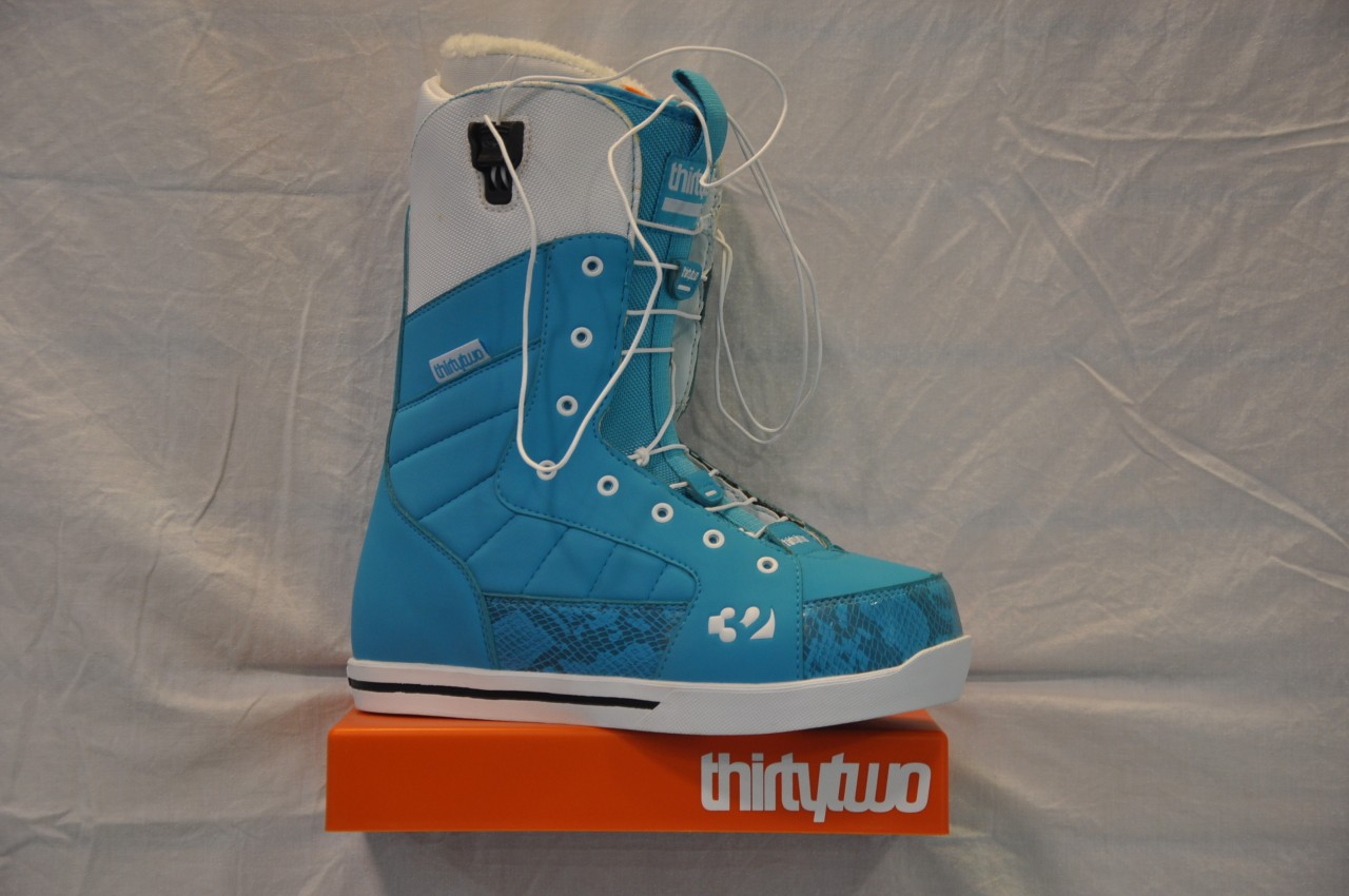 new-ThirtyTwo-womens-86-Fast-Track-Boots-snowboard-snow-board-FT-32