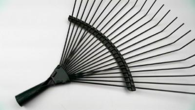 Heavy duty garden rake head all metal fan rake steel tines for Heavy duty garden rake