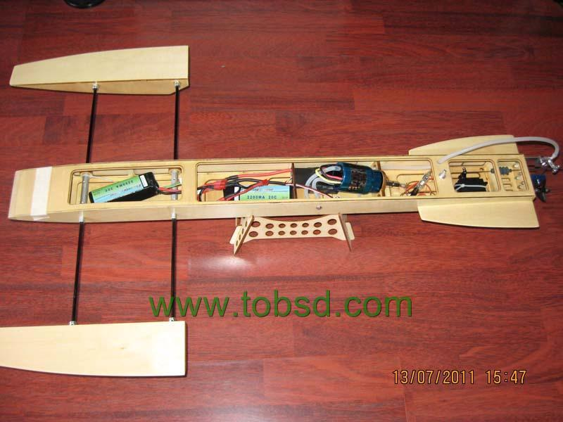 EP Wooden Trident Outrigger Rc Boat Hydroplane - RC Groups