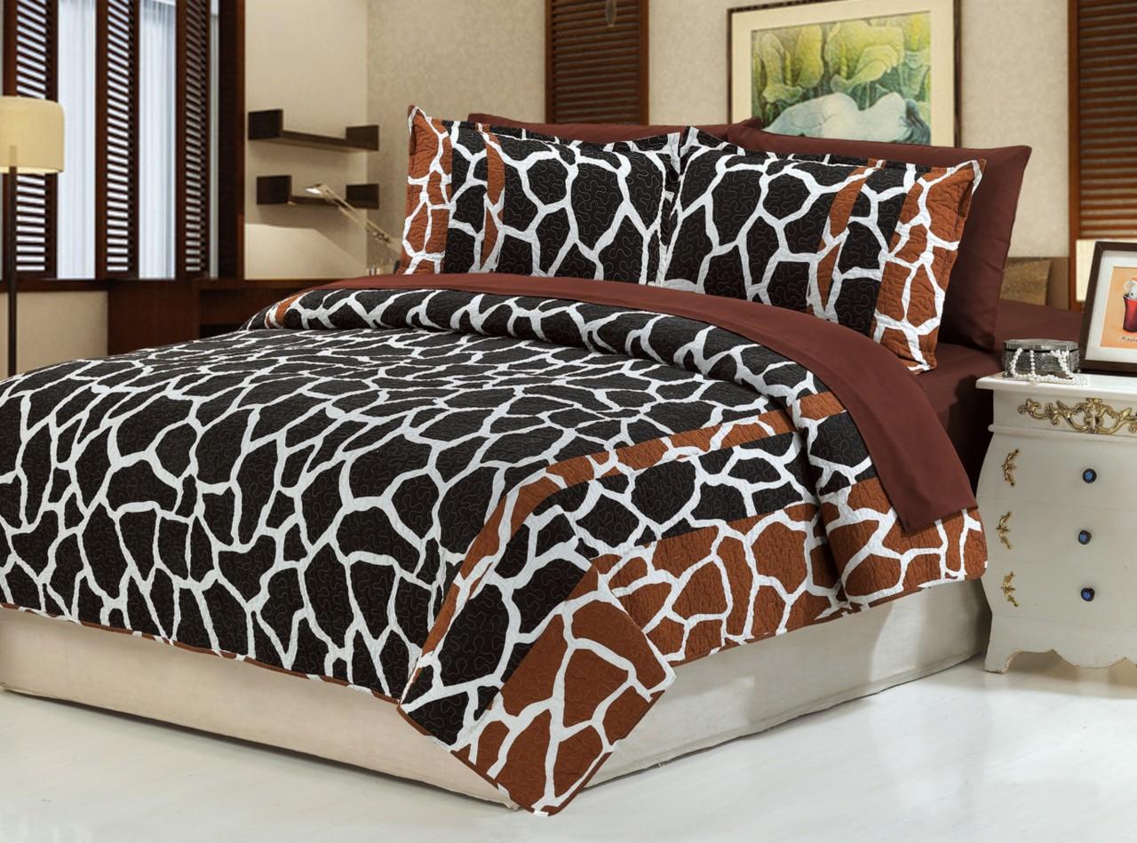 giraffe bedspread