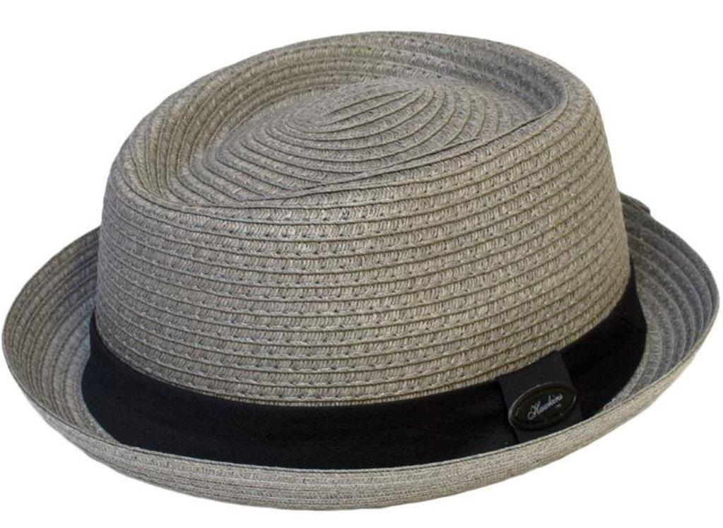 trilby men The fedora, and its little brother, the trilby, are two of the most famous and timeless of all men's hats the fedora features a wide brim, a hat-band or ribbon and a pinched and indented crown.