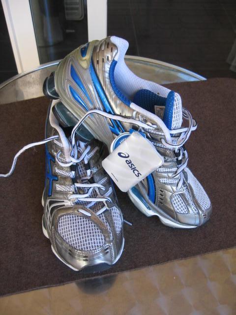 Asics-Kinsei-2-Mens-Running-Shoes-BNWT-Size-US-9-5-EUR43-5