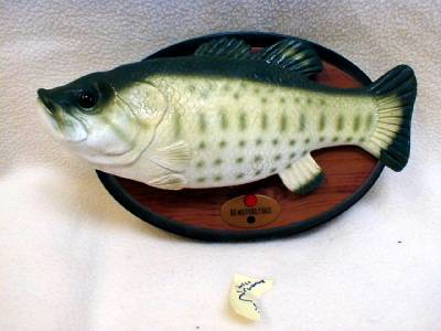 Gemmy big mouth billy bass wall plaque motion activated for Talking bass fish