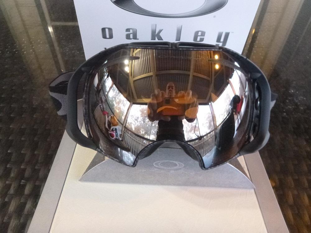 oakley canopy snow goggles  oakley airbrake