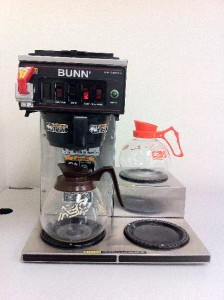 BUNN Automatic Commercial Coffee Maker CWTF15 3 Warmers CW Series w/ Hot Water eBay