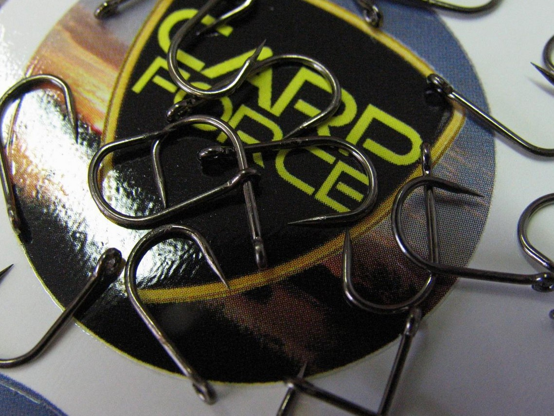 Carp Force Wide Gape Barbless Eyed Feeder Hooks 20pk Sz 8-18