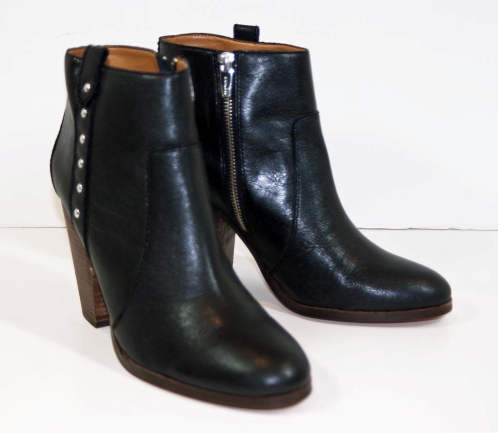 coach black soft grain leather boots style q5314