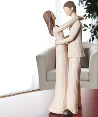 Family-Figurines-Mom-and-Daughter-Mom-and-children-Love-Dad-and-Son
