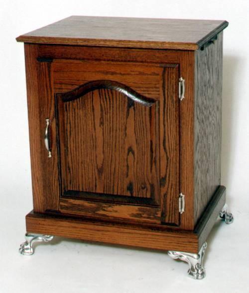 Slot-Machine-Stand-OAK-Arch-Raised-Panel-w-Claw-Feet