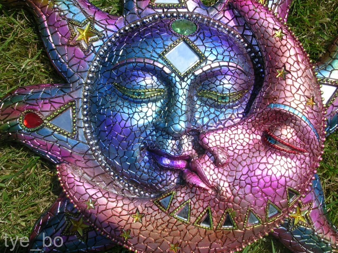 moon kiss mosaic plaque sun moon garden ornament ebay. Black Bedroom Furniture Sets. Home Design Ideas