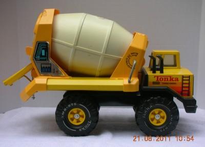 Tonka cement mixer on shoppinder for Tonka mighty motorized cement mixer