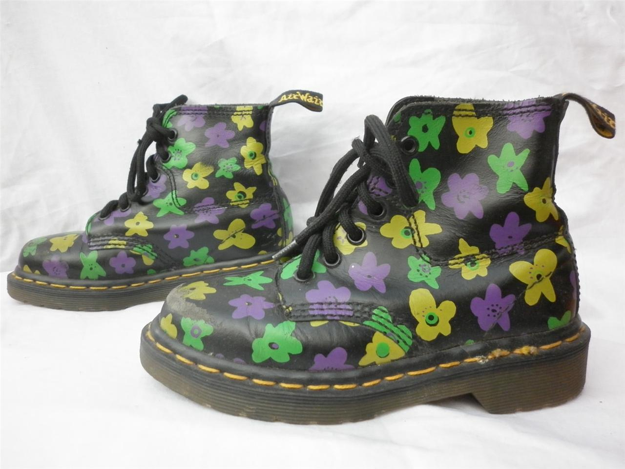Vintage rare doc dr martens kids fabulous flower power lace up boots
