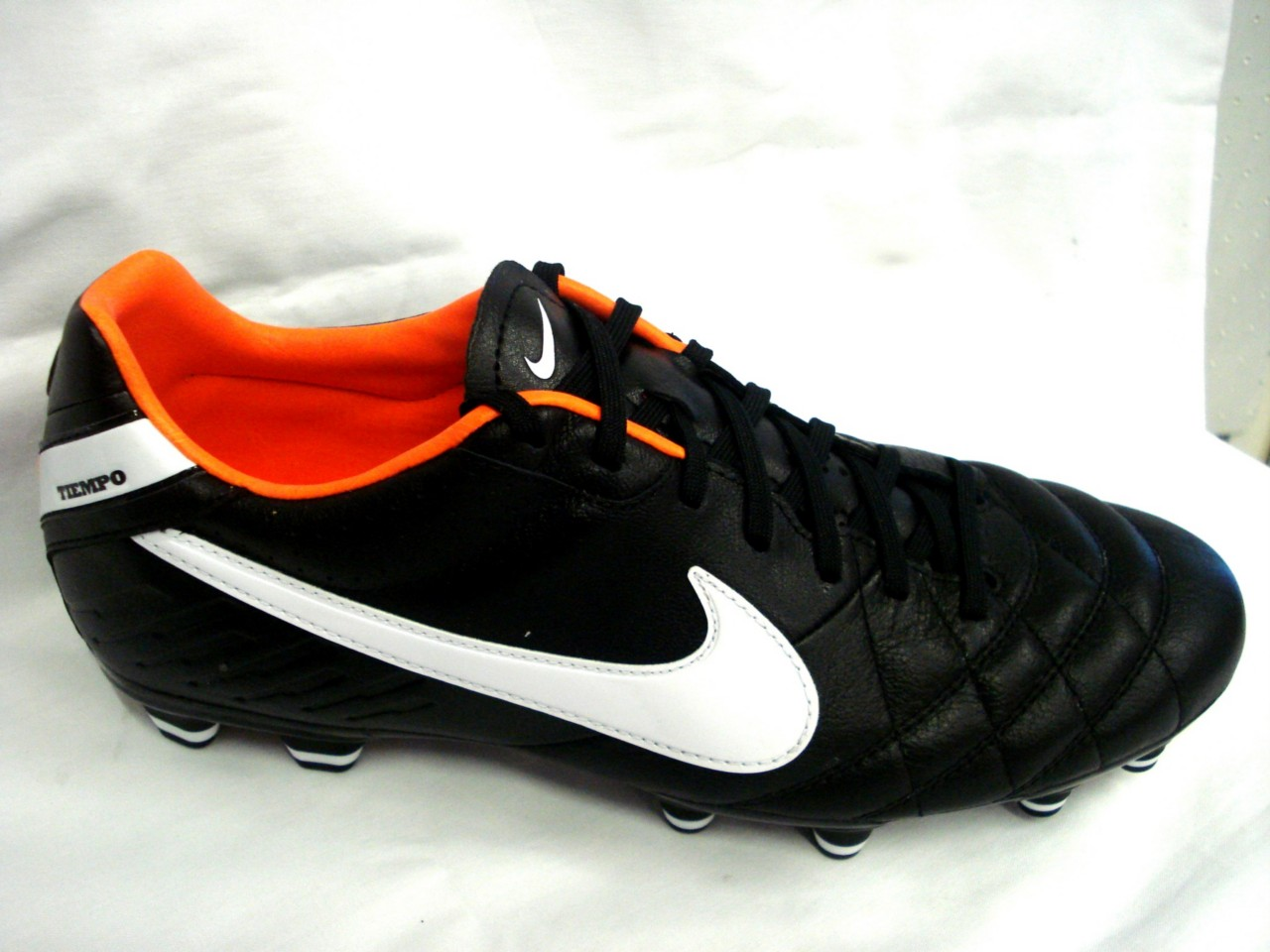 nike tiempo mystic iv fg mens football boots size uk 8 11. Black Bedroom Furniture Sets. Home Design Ideas