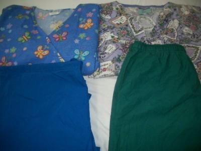 Medical Dental Vet Scrubs Lot of 10 Printed Outfits Sets Size LARGE L