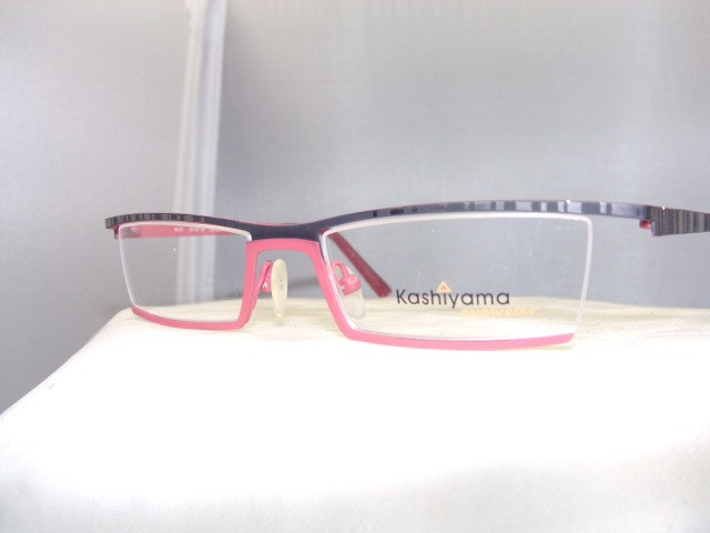 KASHIYAMA EYEGLASS Glass Eye