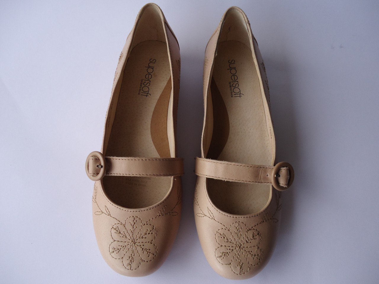 New-Ladies-Women-Leather-Shoe-Flat-Supersoft-Diana-Ferrari-Natural-Size-10-11-12