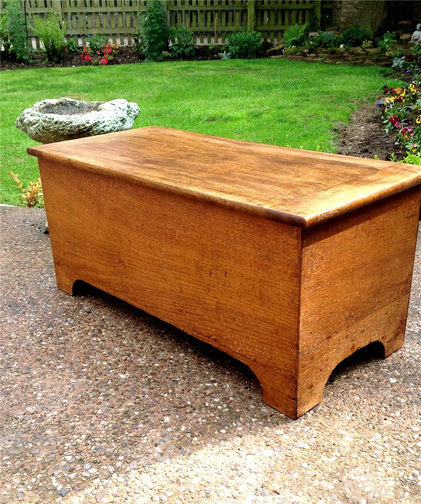 Beautiful Antique Oak Chest Storage Box Sewing Box Coffee Table Ebay