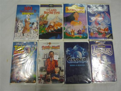 Huge lot of 110 Childrens VHS Tapes Movies FINDING NEMO ...