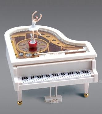 PIANO-MUSIC-BOX-WITH-BALLET-GIRL