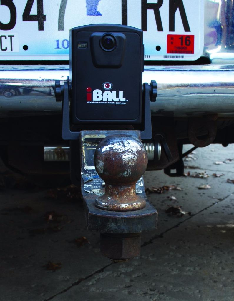 iBall 58GHz Wireless Magnetic Trailer Hitch Car Truck Rear Camera