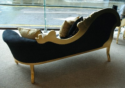 French ornate gold leaf gilt black chaise longue lounge ebay for Black and gold chaise lounge
