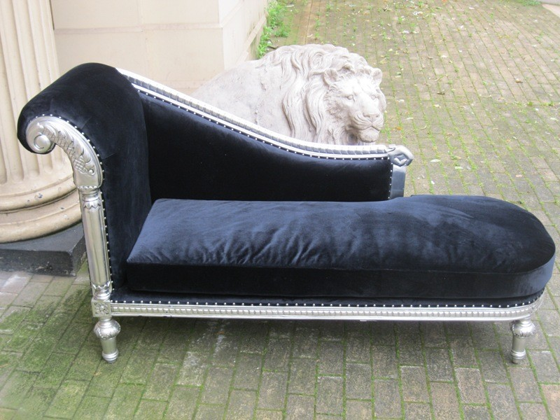 Mahogany ornate french shabby chic silver leaf black for Black velvet chaise longue