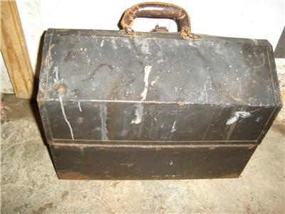 Kennedy tool box 1018 tool chest fishing tackle box for Fishing tool box