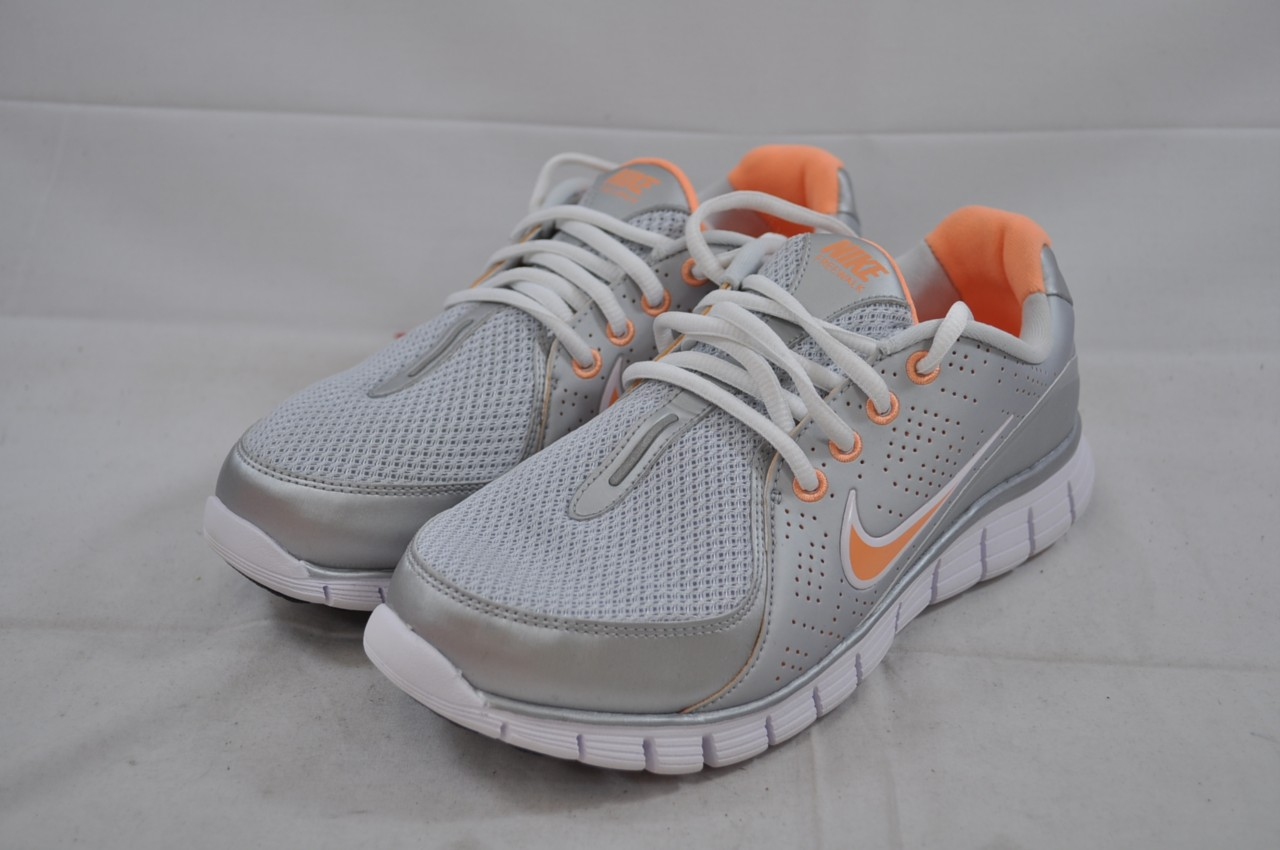 Lastest Nike View III  Women39s  Walking  Shoes  WhitePale Blue