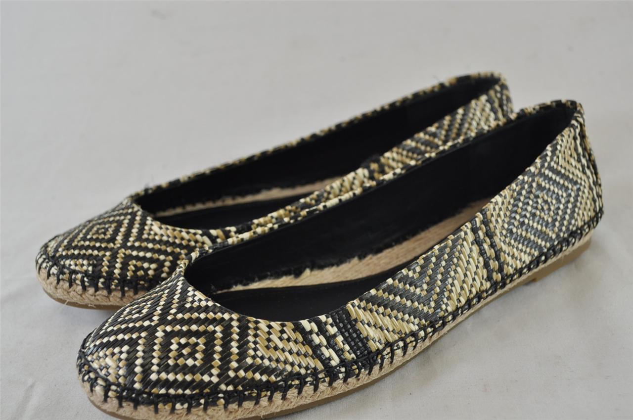Shop Tribal Print Peep Toe Thin Heeled Sandals right now, get great deals at Joyshoetique.