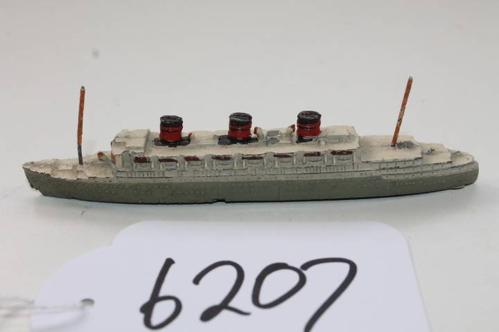 Dinky-toys-by-Meccano-Furnace-Withy-Line-Queen-of-Bermuda-cruse-ship-51f-6207