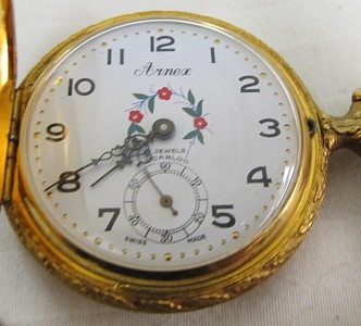 Arnex 17 Jewels Incabloc http://www.ebay.com/itm/Arnex-Swiss-17-Jewels-Incabloc-Pocket-Watch-Elk-Hunting-Dog-and-Hunter-/350588581258