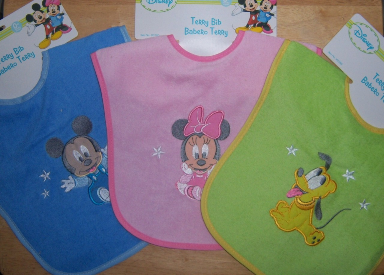 Disney-Mickey-Mouse-Pluto-or-Minnie-Mouse-Applique-Bib-Baby-Shower